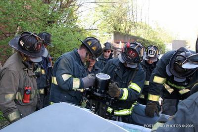 20150500-bridgeport-connecticut-fire-dept-extrication-training-post-road-photos-032