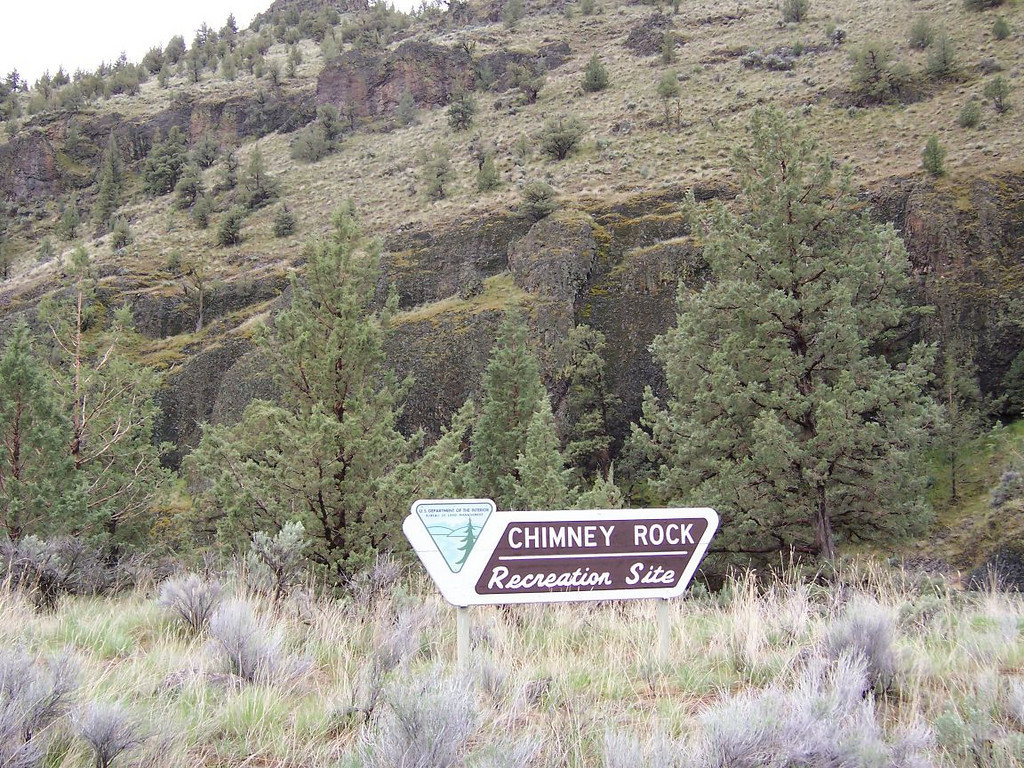 Monday we moved to the Crooked River near Four Corners OHV area...