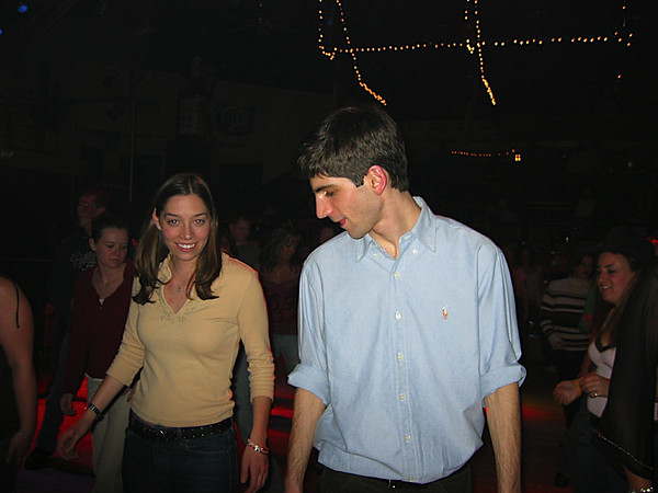 08 - Jaime and Dan line dancing.JPG