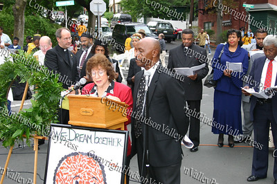 City o f Newburgh Councilwoman Regina Angelo and City of Newburgh Councilman George Bowles