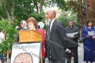 City o f Newburgh Councilwoman Regina Angelo and City of Newburgh Councilman George Bowles