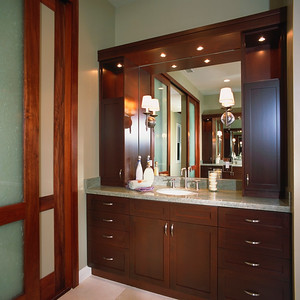 Elegant Contemporary Master Bathroom