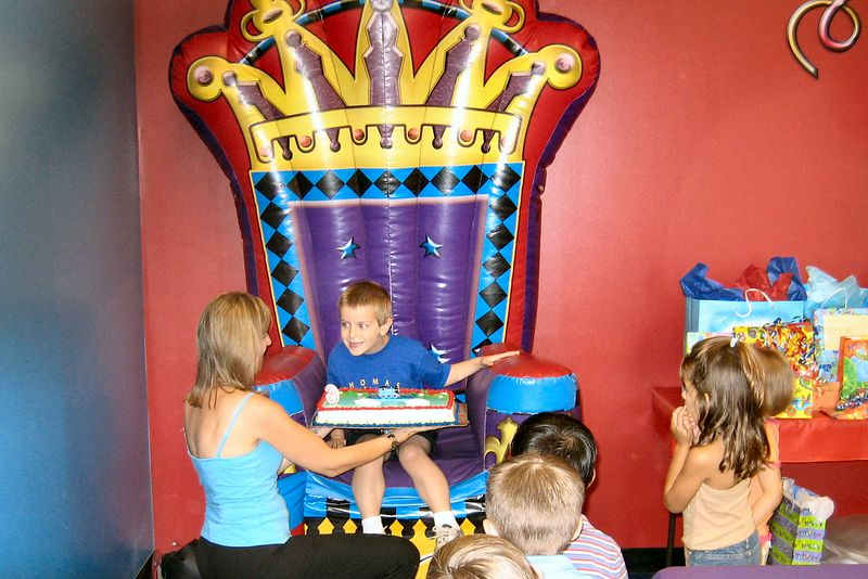 Anthony in the King's chair, Pump It Up party
