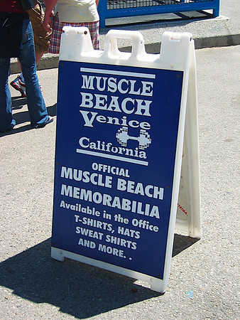 22 - At muscle beach.jpg