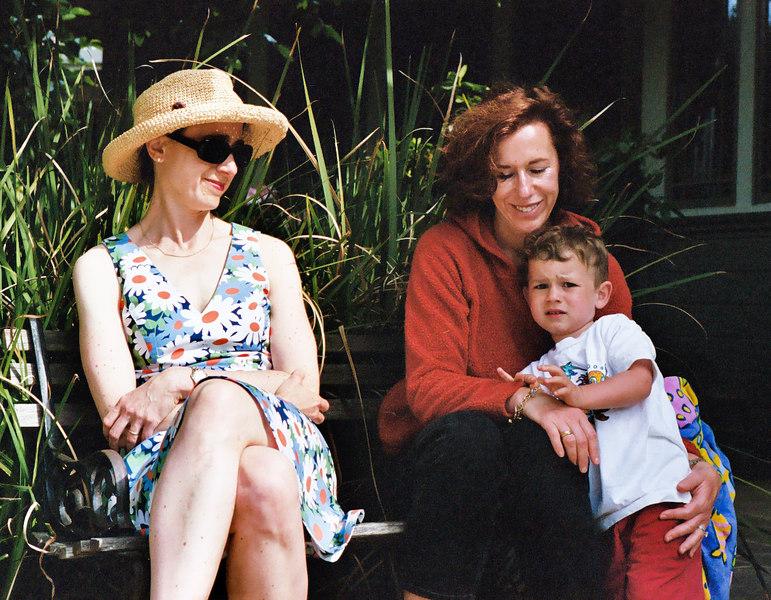 Chantal sits with Caroline and Joey.