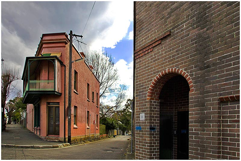 Catherine Street, Glebe, Sunday October 2nd 2005. <br /> <br /> Following on from yesterdays photo this is another of those wedge shaped buildings. This is a private residence. There are lots of these style of buildings designed to fit onto tight triangular plots around Sydney. <br /> <br /> EXIF DATA <br /> Canon 1D Mk II. EF 17-35 f/2.8L@17mm 1/200s f/10 ISO 200.