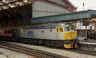 After running round ('828 was left on the rear of the train to provide the ETS), 47316 'Cam Peak' waits to depart from Bristol Temple Meads for the short run to Newport via Avonmouth and the Severn Tunnel (12/02/2005)
