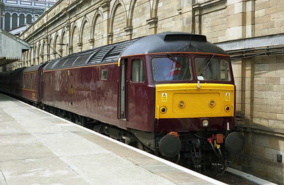 Recently repainted into WCRC's new house colour scheme, 47854 waits to take 5Z62 empty stock to Craigentinny having been hauled 'd.o.r.' from Bridlington (09/07/2010)