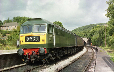 47192 is seen on arrival at Kingsley & Froghall with 1B53 1010 from Leekbrook - the second of seven round trips along the 5 1/4-mile line (26/08/2005)