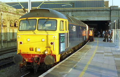 About to work its first passenger train for DRS, 47501 catches the late evening sun at Crewe having taken over 1D25 1713 Euston-Holyhead for the run alonmg the North Wales Coast (16/07/2005)