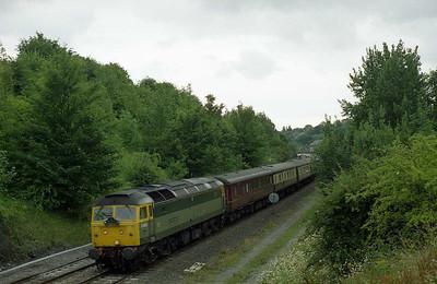 47851 passes Pontefract Baghill with the returning 1Z31 0948 St Austell-Saltburn 'Saltburn Cornishman' charter (04/07/2005)