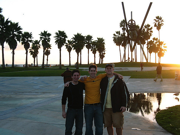 07 - Aaron, Andrew and Brian at Vienna Beach.JPG