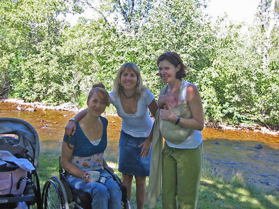 Sylvia South Picnic for Kelly Turner Bour's New Baby Claira 2005 August