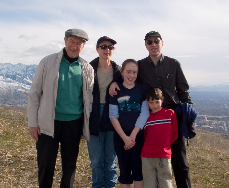 Family picture: Tor, Chantal, Isabel, Benjamin, and Richard.