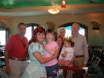 2006   San Diego Zoo  ,  Disney California , Princess  Lunch 156