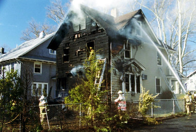 Photo's from  Rutherford 3rd alarm 4-2-06