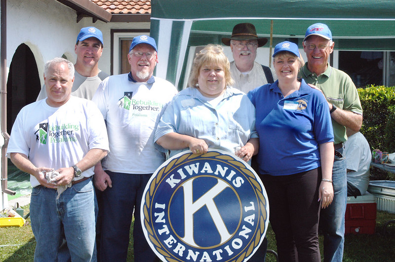 Kiwanis Club, led by Pennylee Christiansen. Photo by Joe Chatterton.