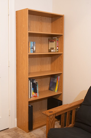 And my own bookshelf! Somewhere to keep all my books! Sweet. Now I just need my books.
