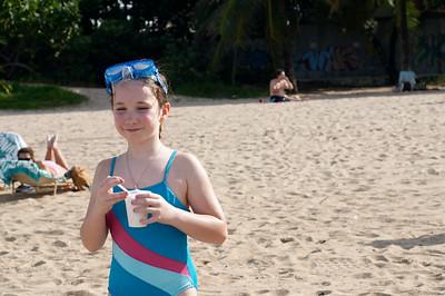 Natalia and Papi enjoy their helados de coco
