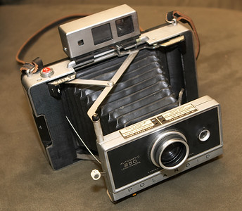 It's too bad it's in such nice shape, because the only thing I need is the nice Zeiss rangefinder