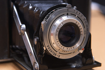 With Agfa Apotar 85mm f/4.5 lens in a Compur Prontor-S shutter