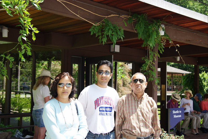 The photos here onwards are from the Winterthur Gardens in Wilmington, Delaware on May 28, 2006.