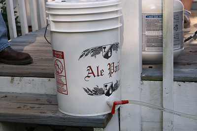 The boiled wort is drained into the fermenting pail