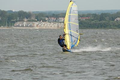 1118_gary windsurfing
