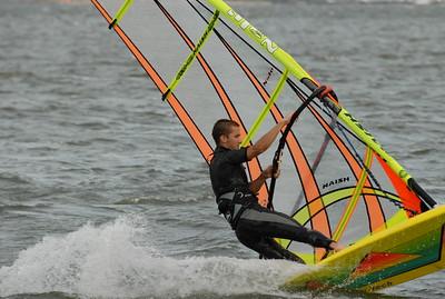 1112_dave windsurfing