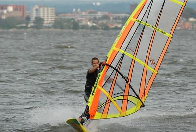 1106_dave windsurfing