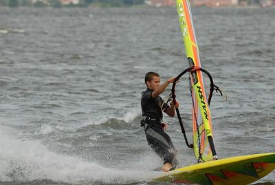 1110_dave windsurfing