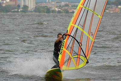 1107_dave windsurfing