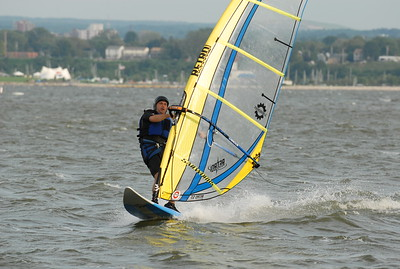 1125_gary windsurfing
