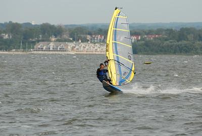 1119_gary windsurfing