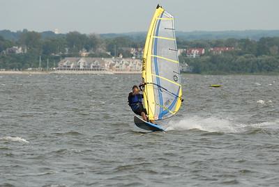 1120_gary windsurfing