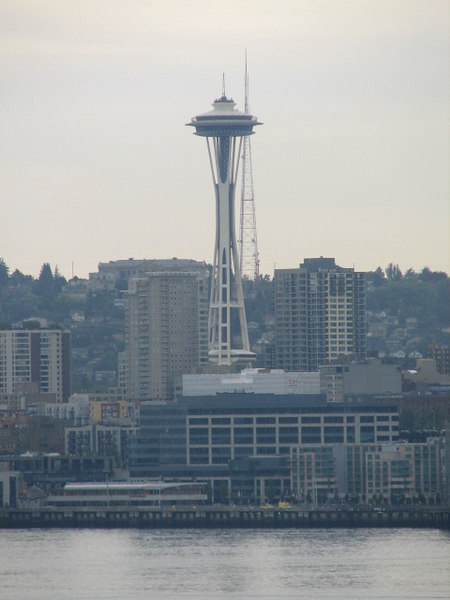 The famous Seattle Space Needle- I have never been inside....mmmm  sounds like another trip up here is needed.