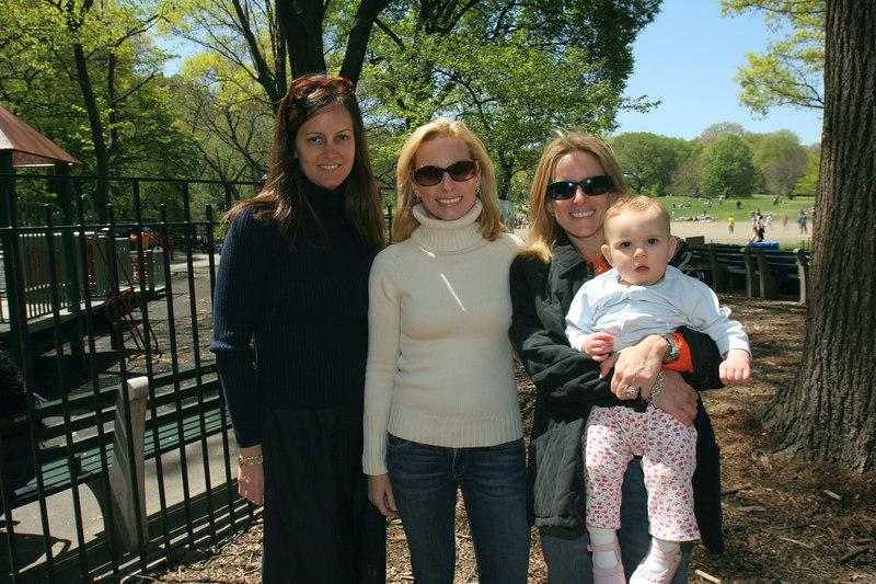 Eva Dillon, Gillian Miniter & Liz Finkle Eliot with her little one
