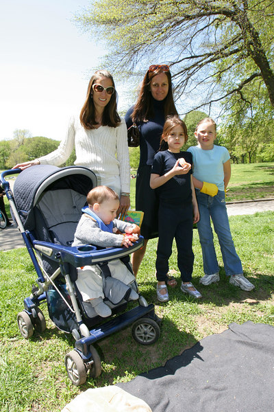 Cathy Angele & Eva Dillon with their little ones