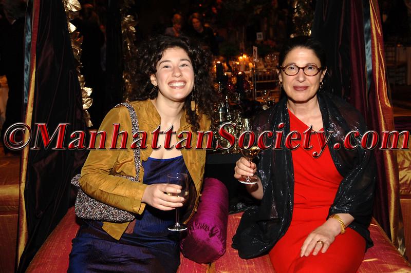 Emily Liebert, Linda Pollak
