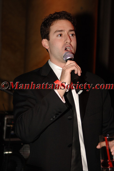 "<a href=""http://premierespeakers.com/3812/index.cfm"">Andy Litinsky</a>"
