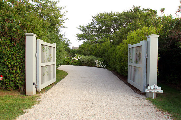 Entrance to home of Jane & Jack Rivkin, East Hampton, New York