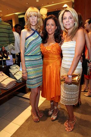 """Alison Diamond, Kimberly (""""Kim"""") Donaldson & Lexi Diamond"""