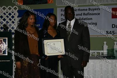 Deborah Wilkins Flippin receives corporate award for Key Bank
