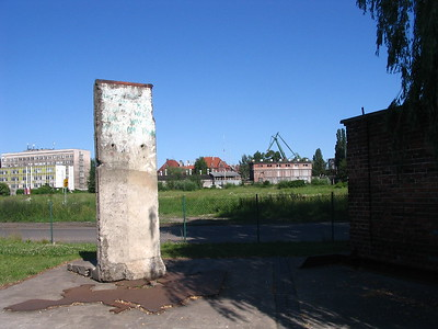 Piece of the Berlin Wall, Gdansk - Leslie Rowley