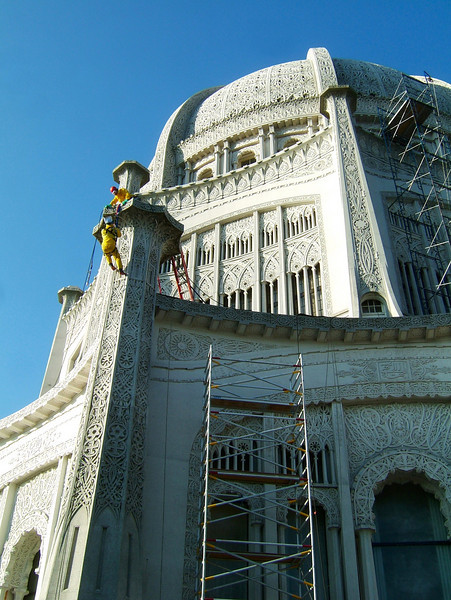Work continues on the temple as the greyish color of age turns to a glistening white.