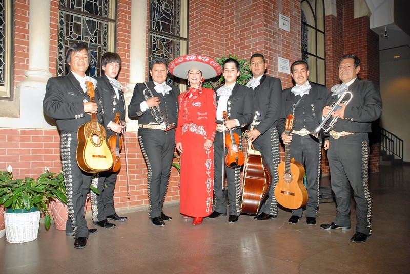 Norma Valles and Mariachi Michoacan