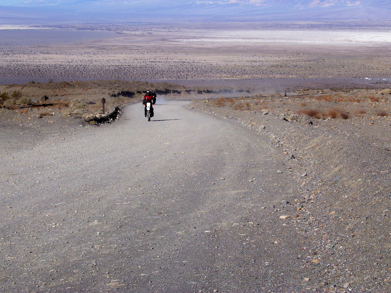 The road up to Mosaic Canyon.
