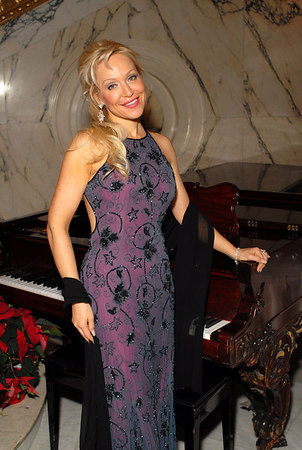 """<a href=""""http://www.gesille.com/"""">Gesille</a> at the Metropolitan Club for The Annual American Scandinavian Society Christmas Ball"""