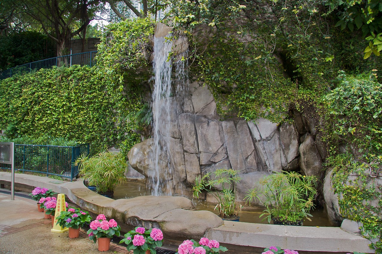 Waterfall • A waterfall in the rather sparse Kowloon Park.