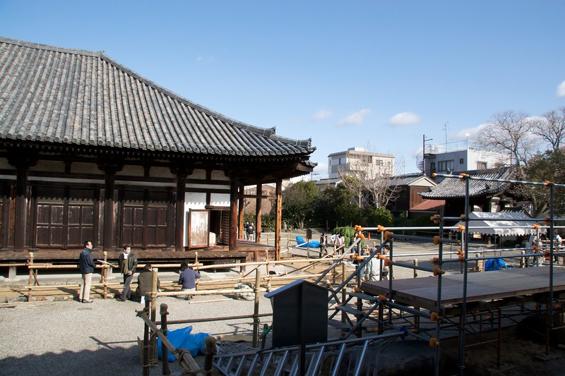 Gangoji Temple • Putting up bamboo fencing around the buildings of Gangoji Temple in Nara. I couldn't for the life of me work out why this was being done.